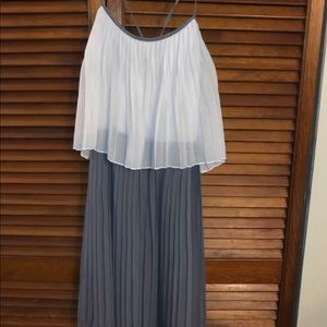 Grey & White Dress from YA Los Angeles Size Small